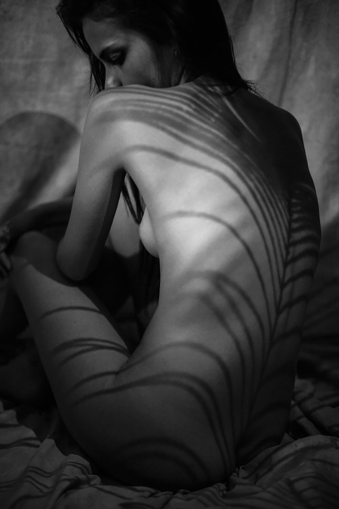 shadow-art-nude-body-photography-emilio-jimenez-6