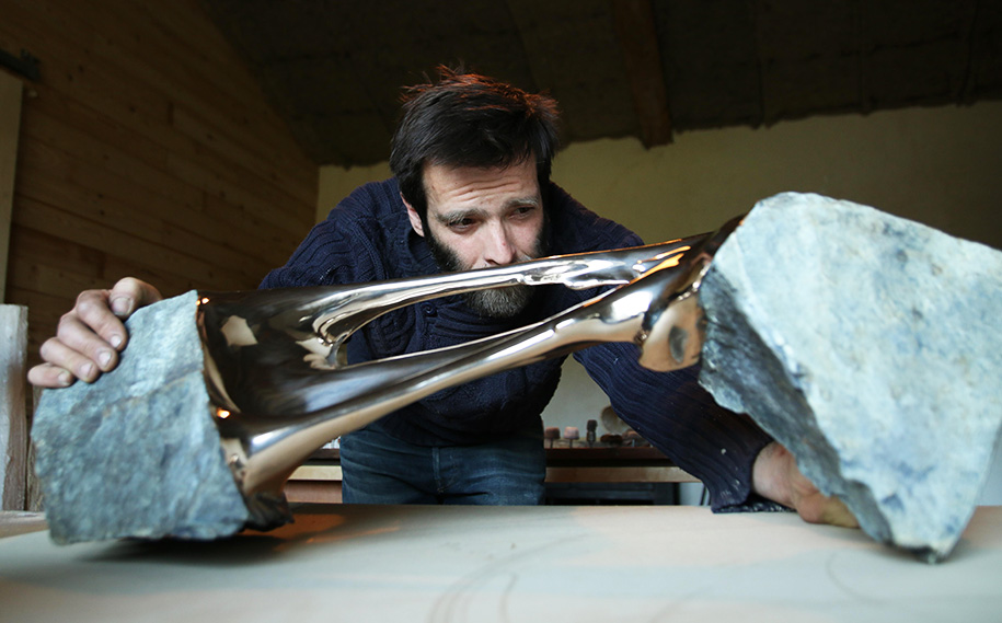 stretched-bronze-stone-sculptures-romain-langlois-16