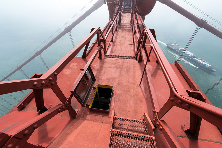 top-golden-gate-bridge-san-francisco-christopher-michel-3