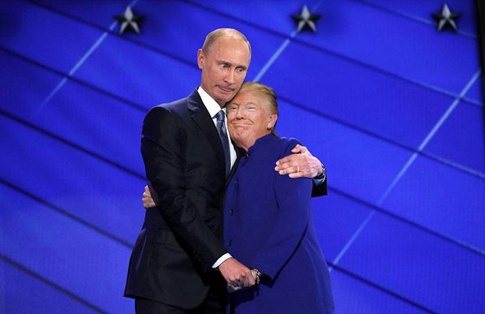 barack-obama-hillary-clinton-hug-photoshop-battle-6