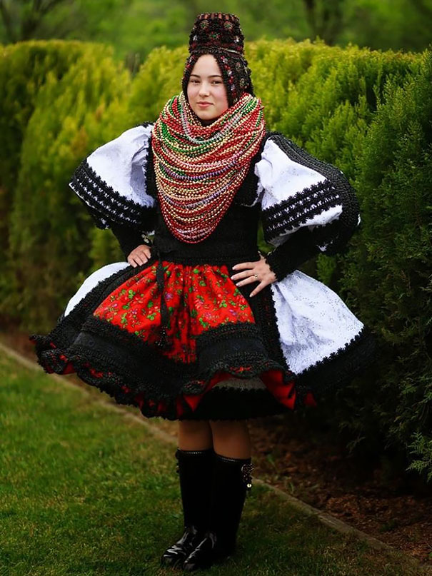 beautiful different traditional wedding dresses around world