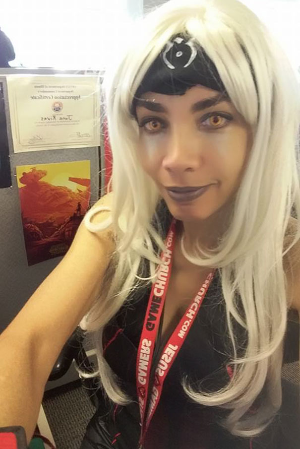 employee-trolls-boss-dress-code-office-cosplay-june-rivas-8