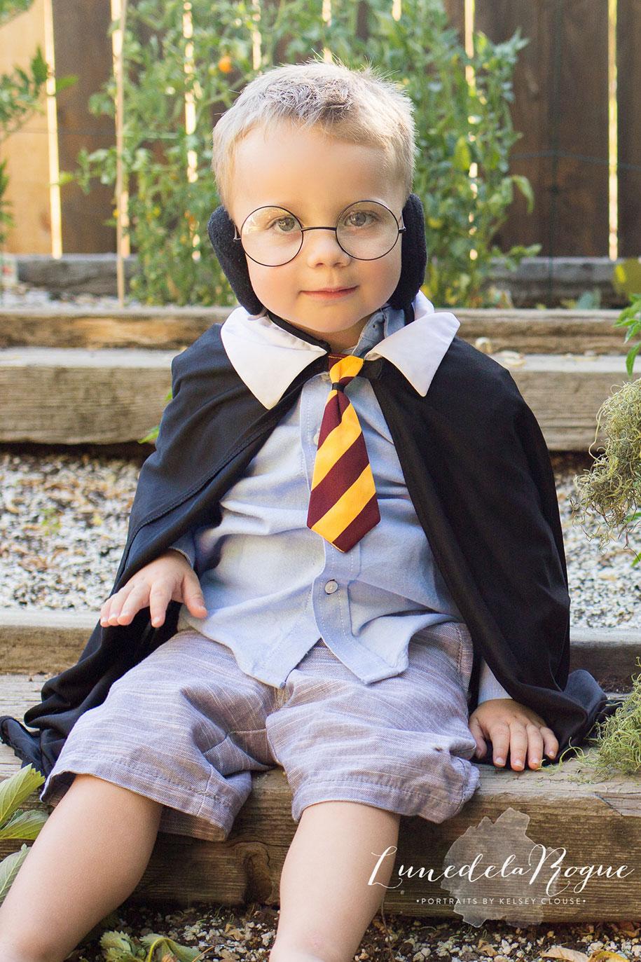 harry-potter-themed-newborn-photoshoot-kelsey-clouse-2