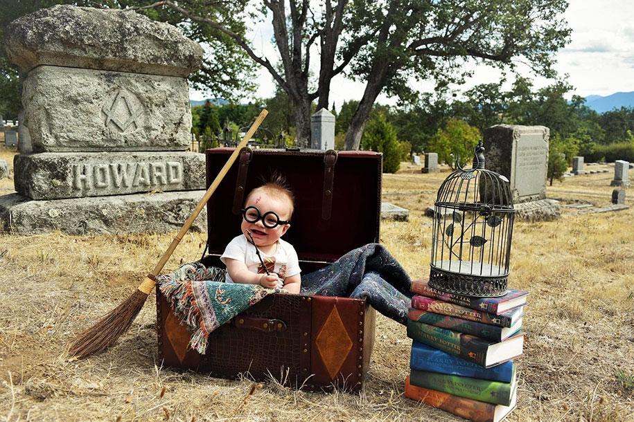 harry-potter-themed-newborn-photoshoot-kelsey-clouse-5