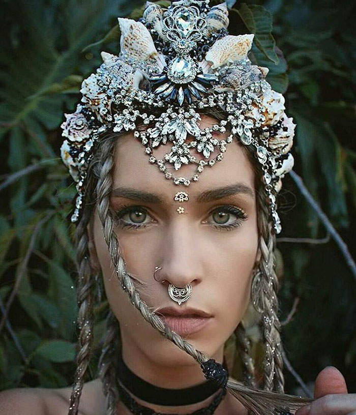 mermaid-seashell-crowns-chelsea-shiels-5