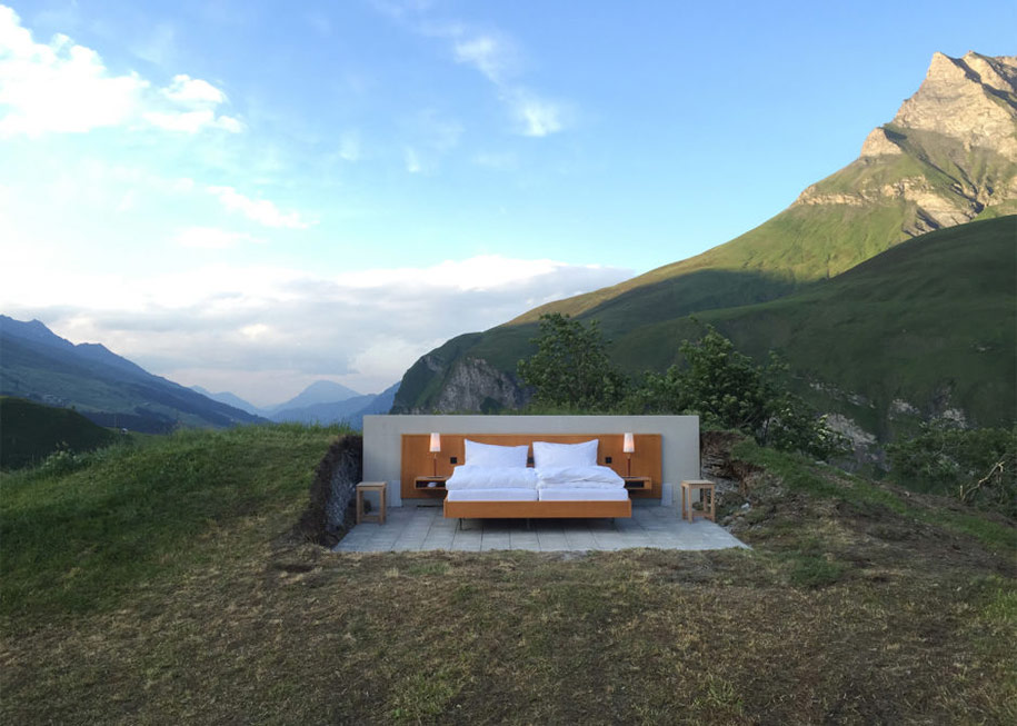 mountain-bed-suite-swiss-alps-null-stern-hotel-8