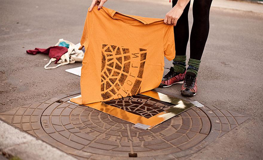 pirate-printers-manhole-cover-tshirt-paint-raubdruckerin-2