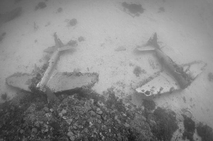 underwater-plane-graveyard-wwii-brandi-mueller-19
