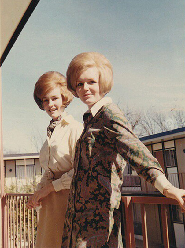 Women With Very Big Hair In the 1960s - Flashbak