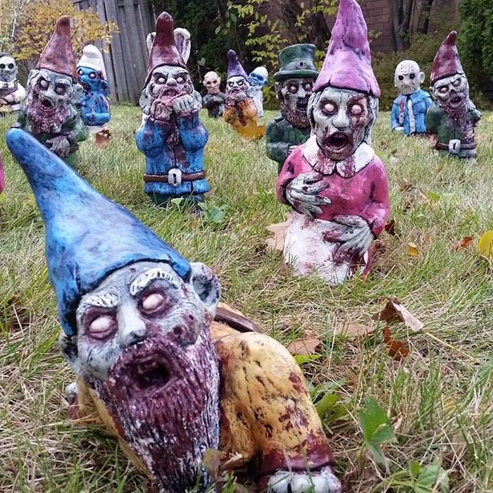 zombie-gnomes-scary-garden-decorations-revenant-fx-2