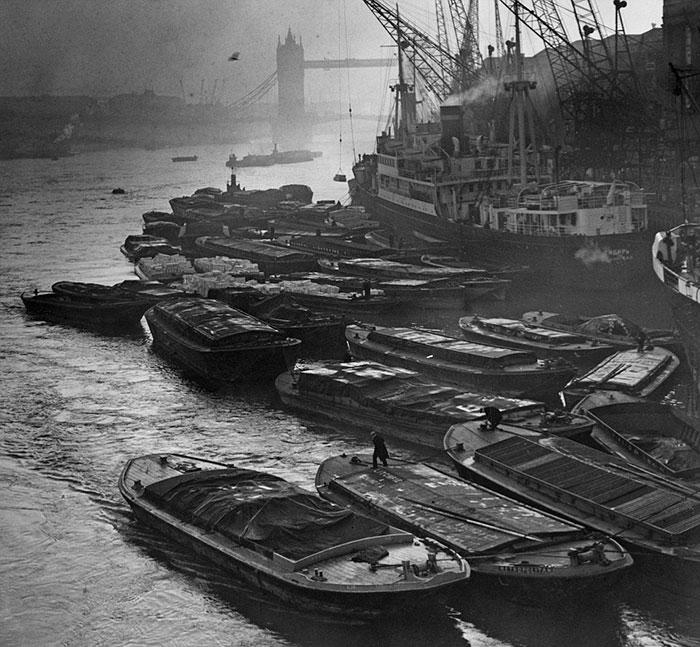 20th-century-london-fog-vintage-photography-3