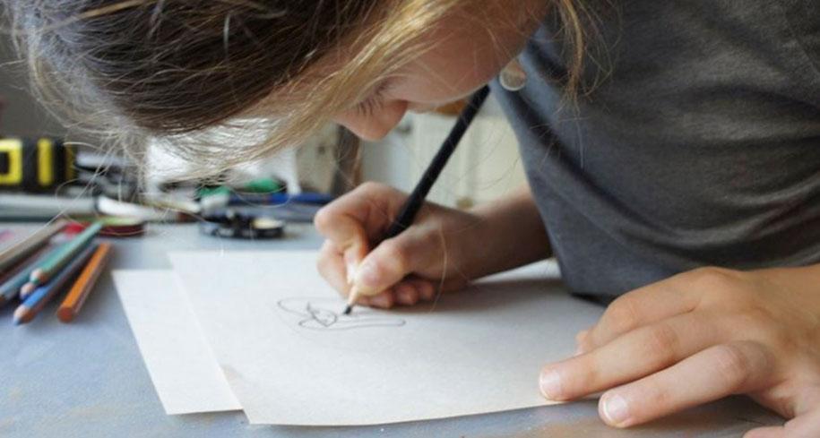 artists-turn-children-doodles-into-jewelry-yasemin-erdin-ozgur-karavit-12