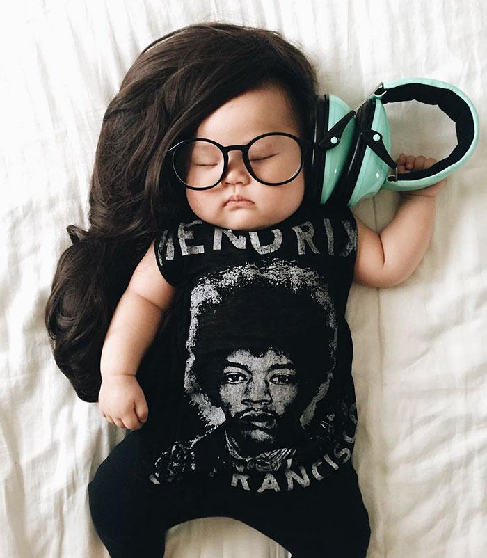 baby-sleeping-cosplay-joey-marie-laura-izumikawa-choi-14