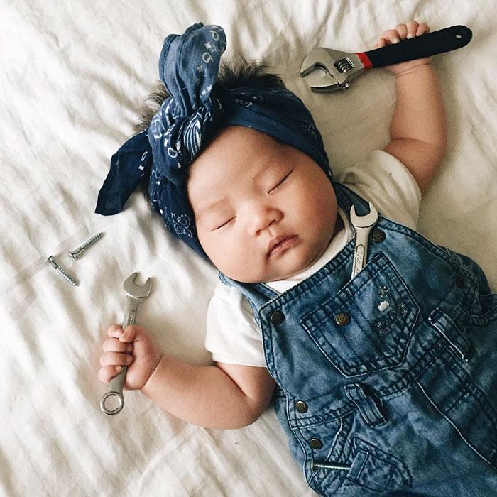 baby-sleeping-cosplay-joey-marie-laura-izumikawa-choi-2