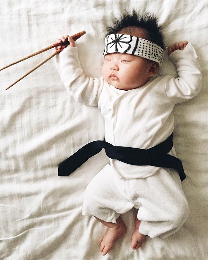 baby-sleeping-cosplay-joey-marie-laura-izumikawa-choi-3