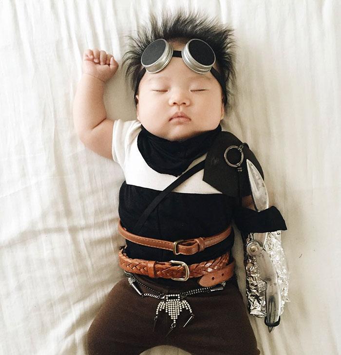 baby-sleeping-cosplay-joey-marie-laura-izumikawa-choi-8