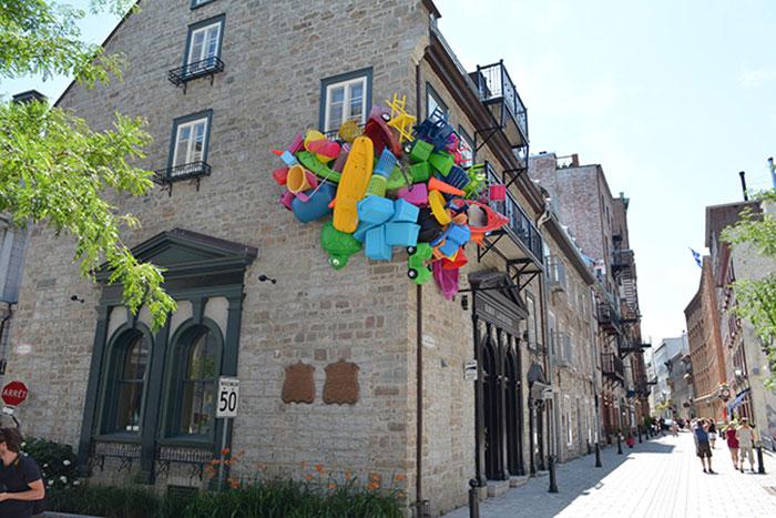 colorful-trash-sculptures-overconsumption-canada-jose-luis-torres-9