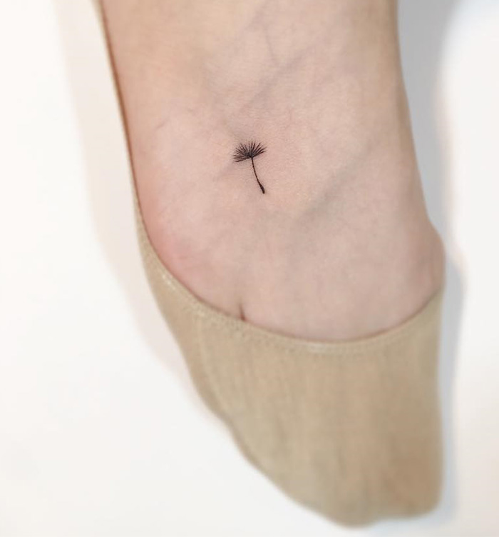 15 Minimalist Tattoos by Playground Tattoo | DeMilked