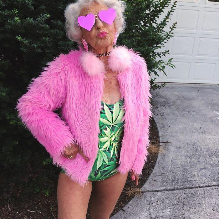 stylish-badass-grandma-instagram-baddie-winkle-4