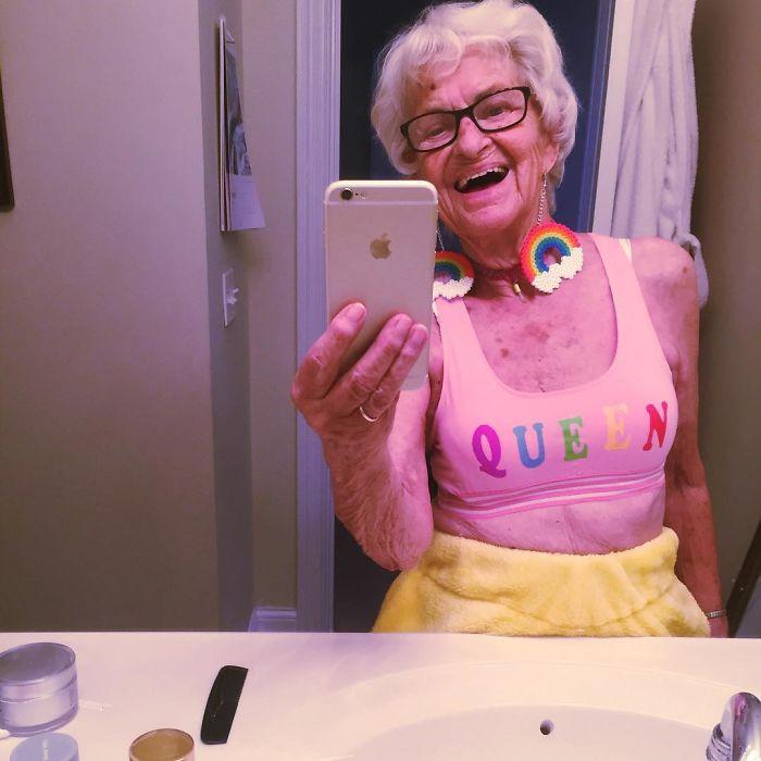 stylish-badass-grandma-instagram-baddie-winkle-7