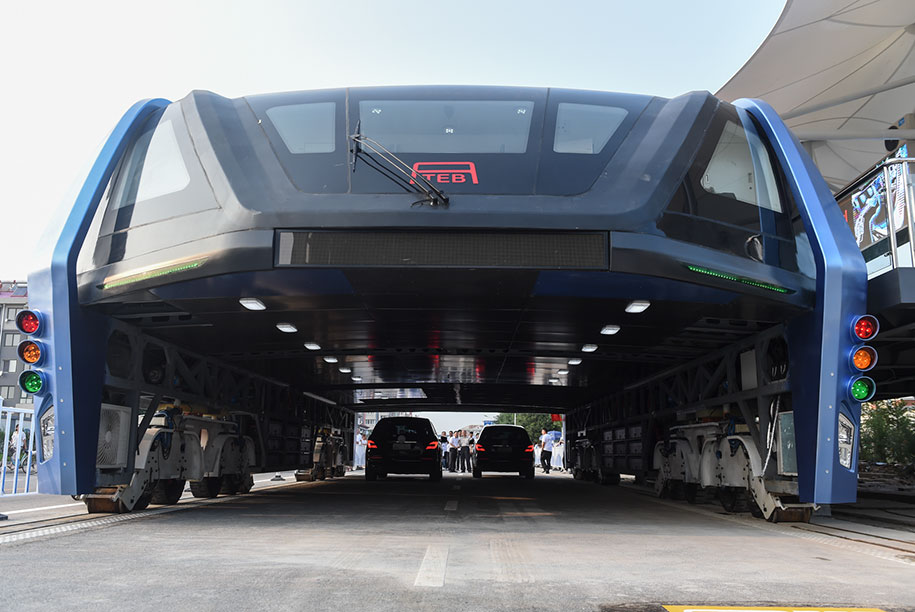 transit-elevated-bus-concept-built-first-test-qinhuangdao-china-4