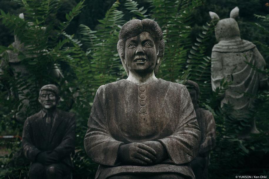 creepy-statues-forbidden-forest-japan-yukisons-ken-ohki-6