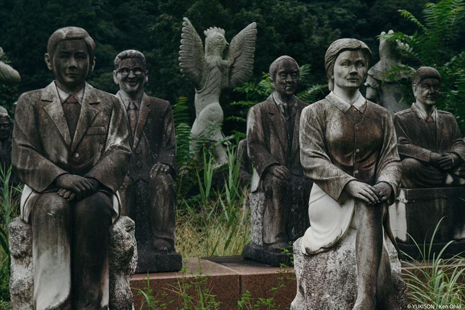 creepy-statues-forbidden-forest-japan-yukisons-ken-ohki-8