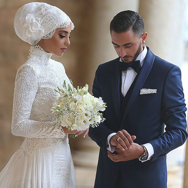 Muslim Wedding Gown Pictures: 10 Traditional Islamic Hijab Wedding Dresses