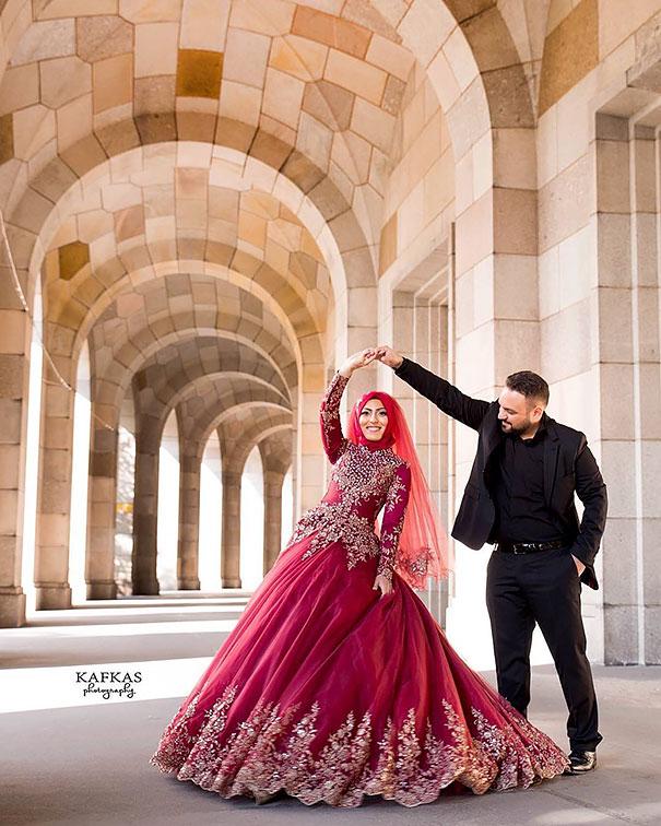 Muslim Wedding Dresses For Bride In : Traditional islamic hijab wedding dresses