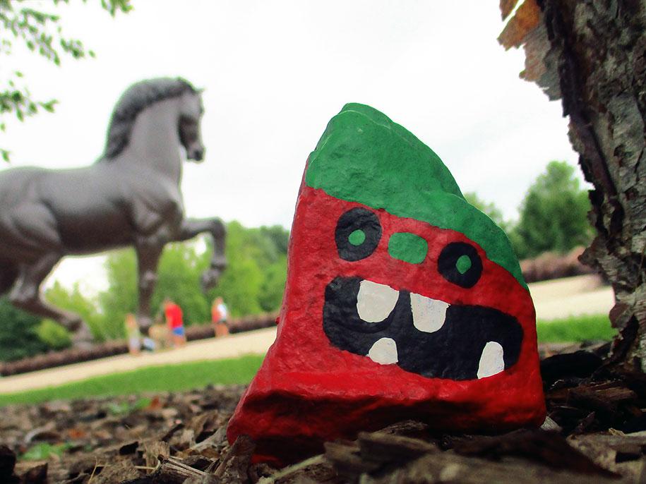 kid-paints-1000-painted-rocks-aaron-zenz-10
