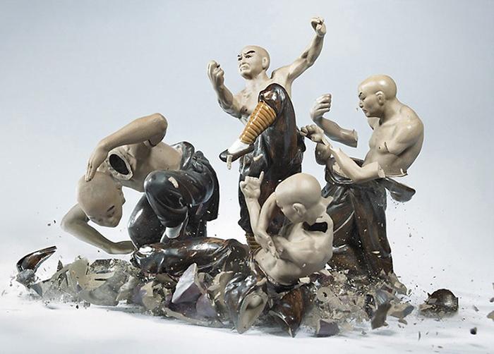 shattered-porcelain-dolls-fight-martin-klimas-16