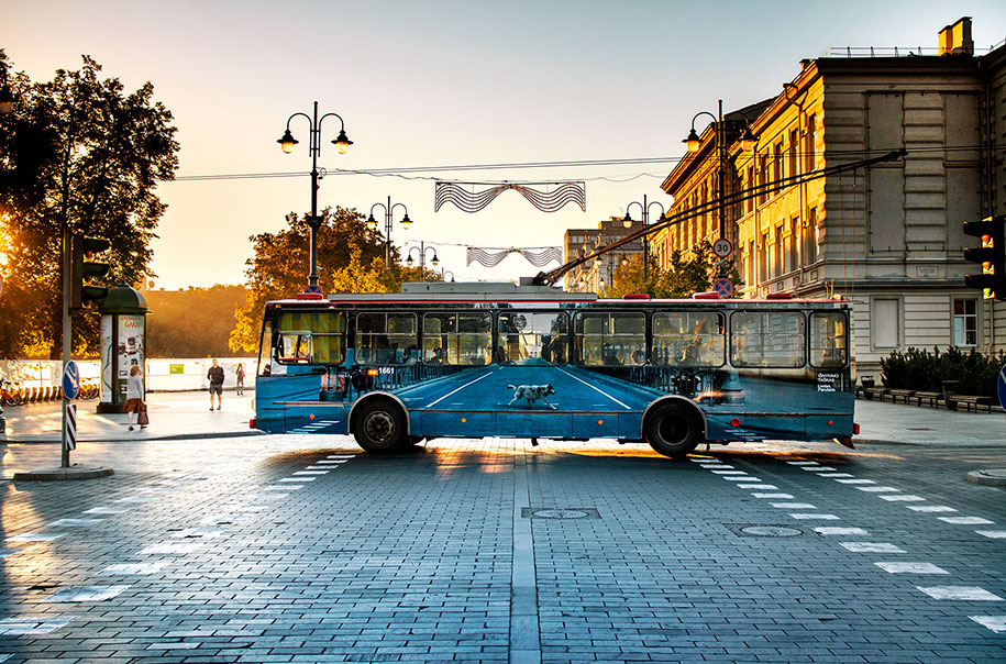 vanishing-trolleybus-vilnius-street-art-festival-liudas-parulskis-7