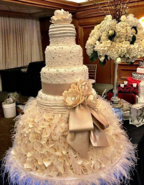 10 Exquizite Wedding Cakes You Won\'t Belive Were Made By Humans
