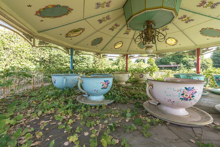 abandoned-theme-park-nara-dreamland-japan-romain-veillon-19