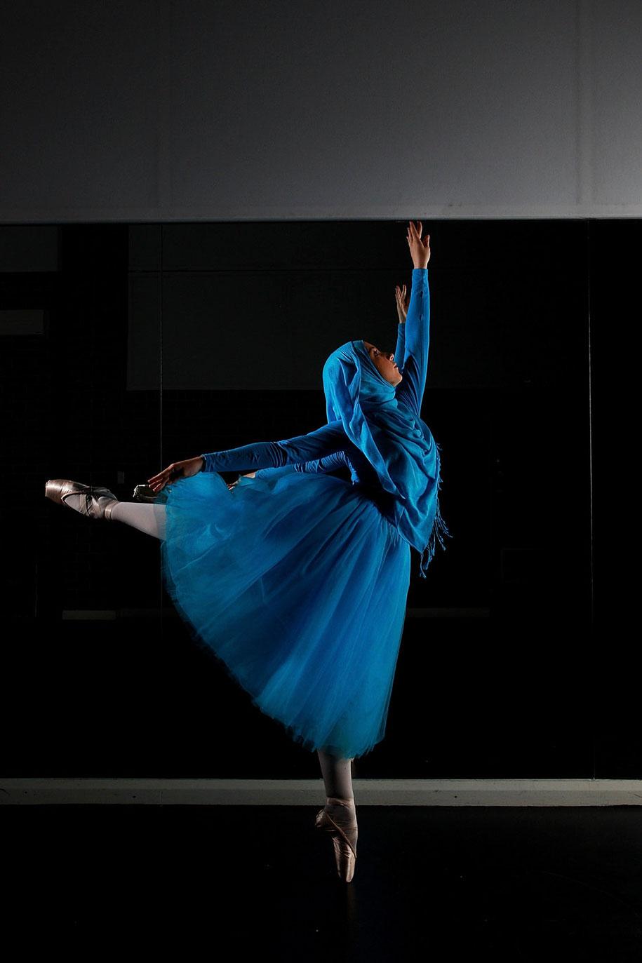 first-muslim-hijabi-ballerina-stephanie-kurlow-2