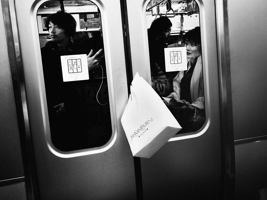 unique-japan-street-photography-14