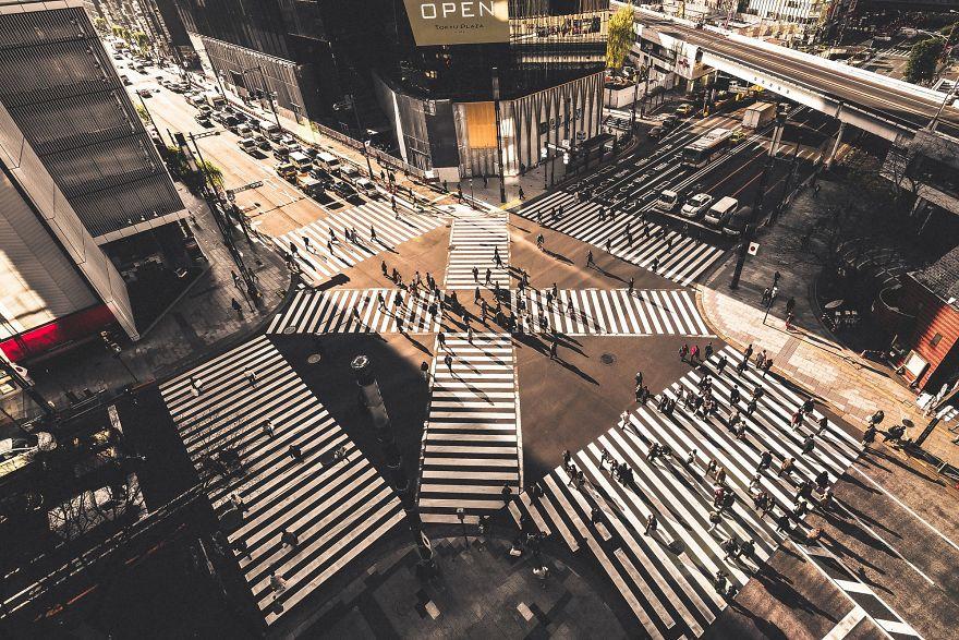 unique-japan-street-photography-4