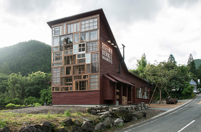 zero-waste-recycled-kamikatz-public-house-japan-8