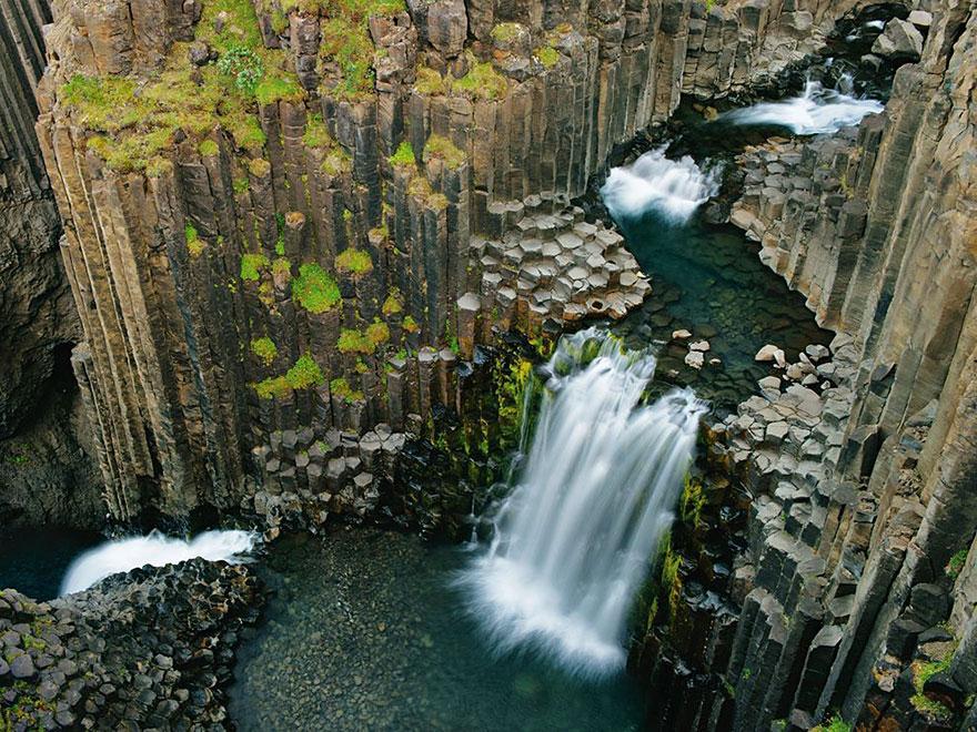 beautiful-iceland-nature-travel-photography-16