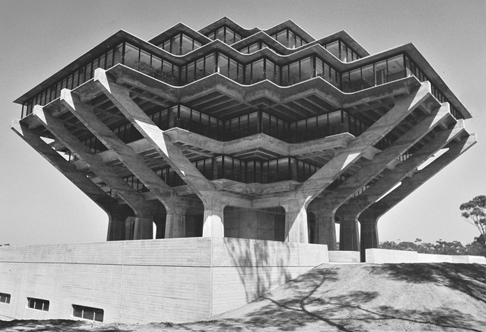 brutalism-photography-peter-chadwick-1