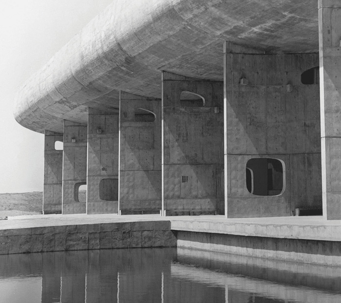 brutalism-photography-peter-chadwick-7