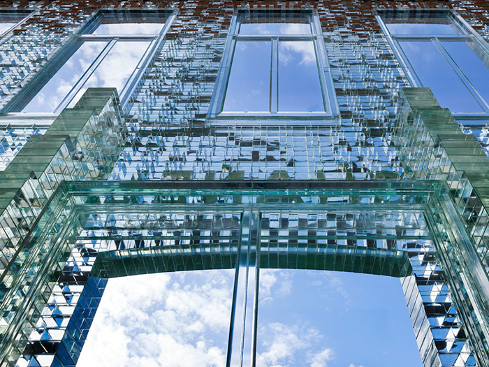 crystal-houses-chanel-store-mvrdv-glass-facade-amsterdam-1