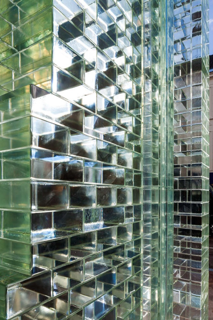 crystal-houses-chanel-store-mvrdv-glass-facade-amsterdam-2