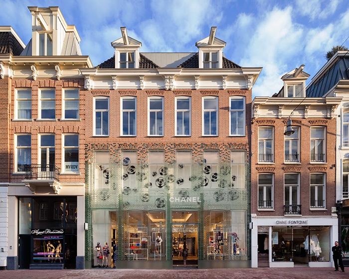 crystal-houses-chanel-store-mvrdv-glass-facade-amsterdam-3