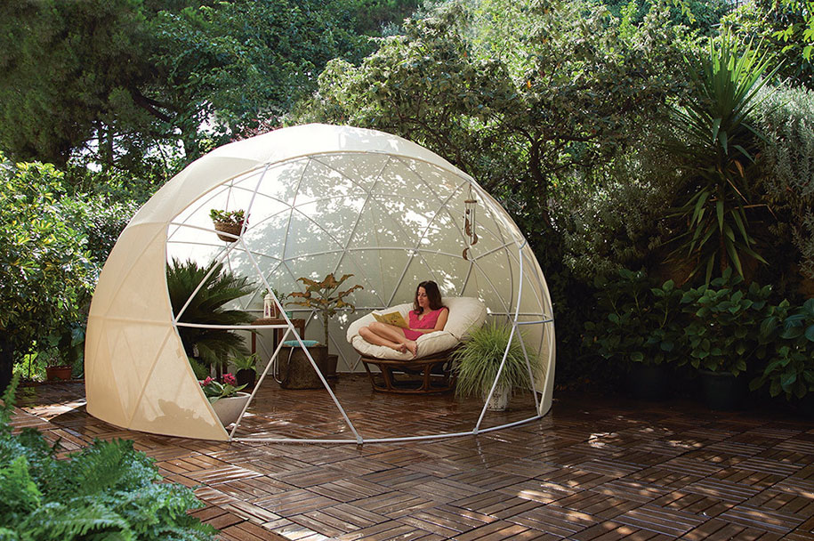 weatherproof-greenhouse-garden-igloos-gardenigloo-1