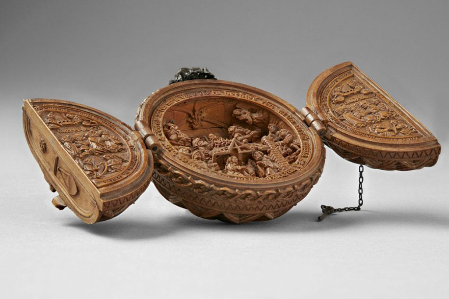 Incredibly rare th century boxwood carvings are so