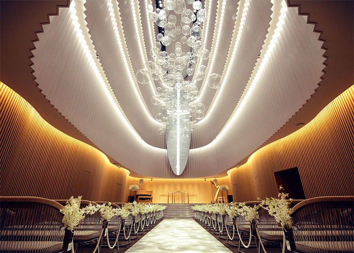 The Idea Of A Space That Functions As Wedding Hall To Spend An Extraordinary Moment For Once In Lifetime Is Materialized Gives Feeling