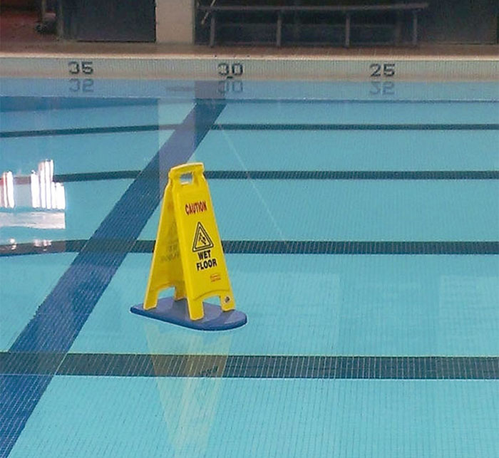10 Painfully Obvious Signs That Will Make You Laugh