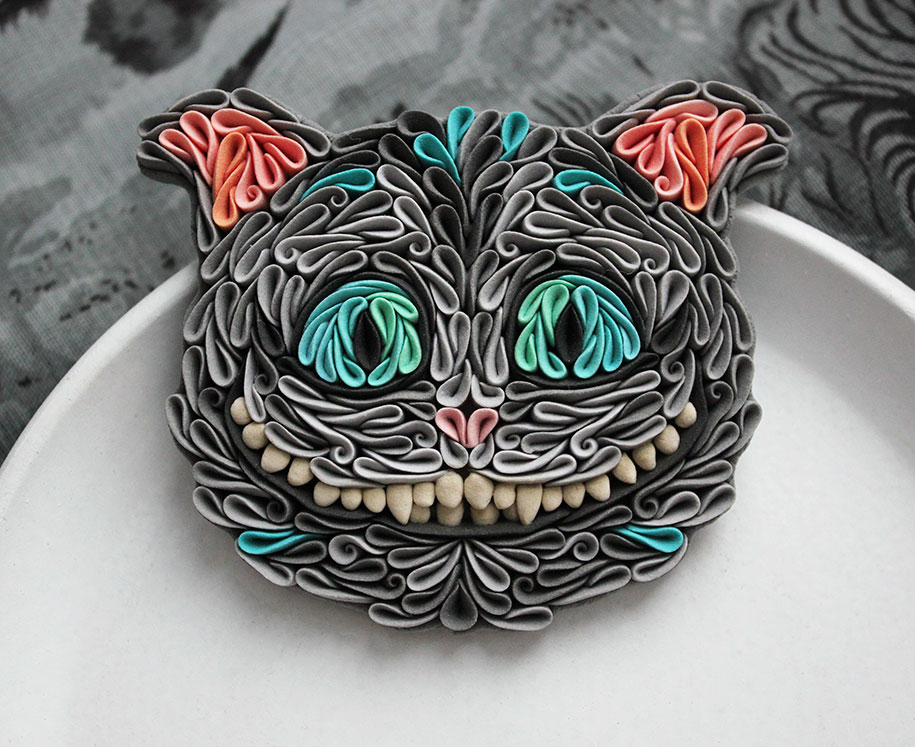 Russian artist handcrafts this polymer clay jewelry in unusual 4 mozeypictures Images