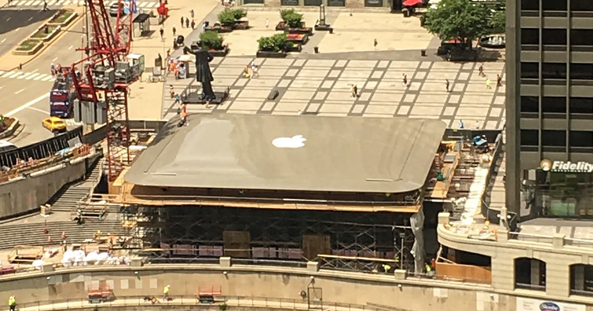 Apple S New Store In Chicago Will Have A Giant Macbook For